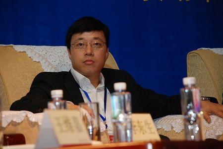 中星微董事长邓中翰